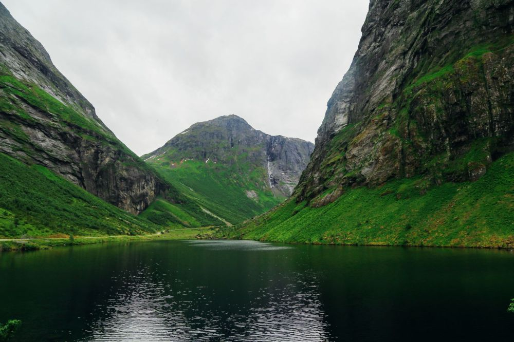 A Journey Through The Beautiful Geirangerfjord, Norway (1)