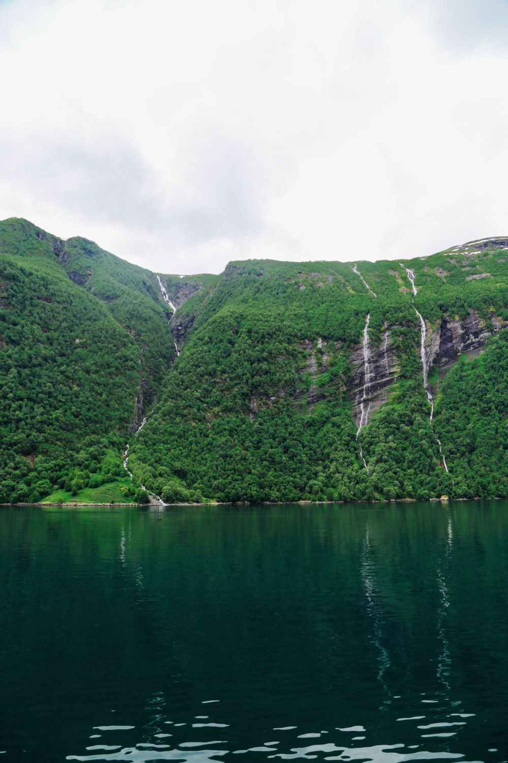 A Journey Through The Beautiful Geirangerfjord, Norway (18)