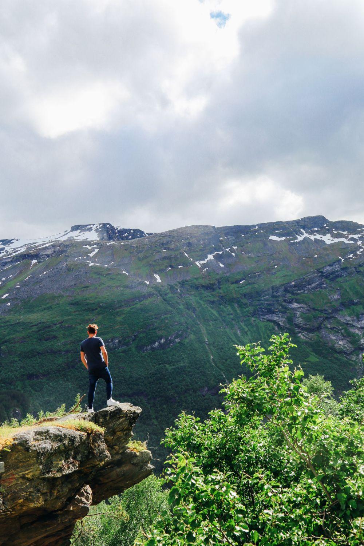 Exploring Storseterfossen Waterfall - A Waterfall In Norway You Can Walk Behind! (12)