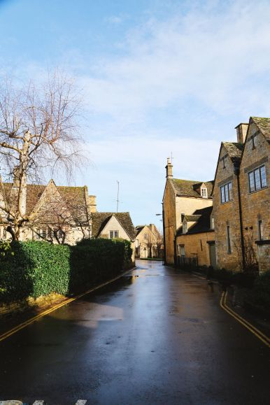 An Afternoon In The English Villages Of Broadway And Bourton-On-The-Water... The Cotswolds, England (66)
