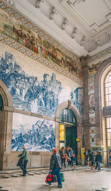 14 Fantastic Things To See In Porto - Portugal (4)