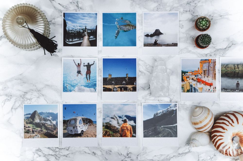 Here's A Really Fun Way To Show Off Your Travel Photos (2)