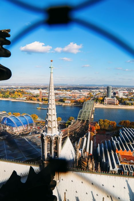 Finding The Best View In Cologne, Germany (16)