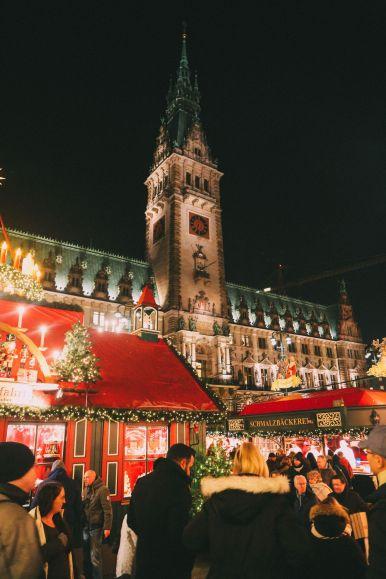 Christmas Market Fun In Hamburg, Germany… (4)