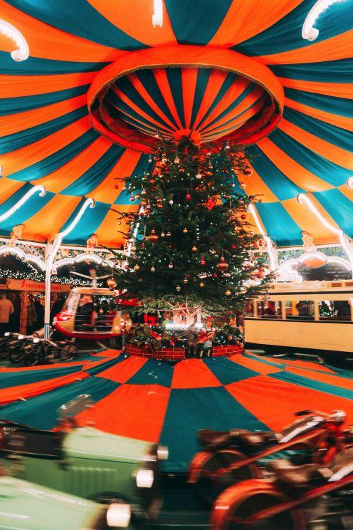 Christmas Market Fun In Hamburg, Germany… (7)