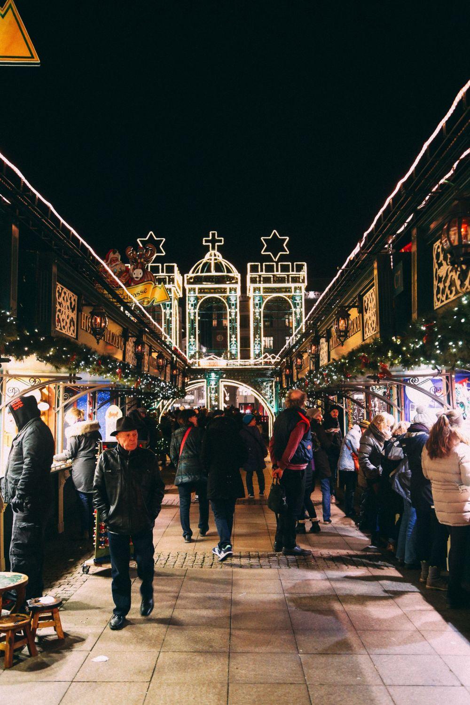 Christmas Market Fun In Hamburg, Germany… (10)
