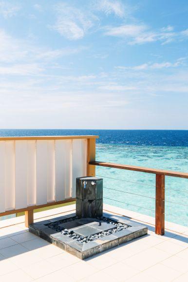 Angsana Velavaru - The Most Amazing In-Ocean Villa In The Maldives (24)