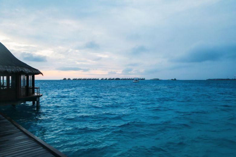 Angsana Velavaru - The Most Amazing In-Ocean Villa In The Maldives (44)