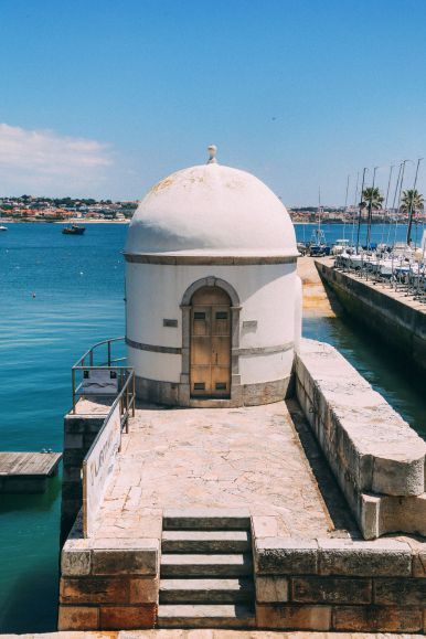 The Beautiful Seaside Town Of Cascais In Portugal... (24)