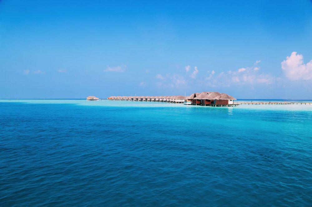 Sunshine and Island Hues... At Velassaru Maldives (7)