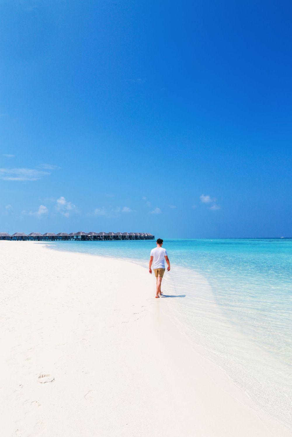 Sunshine and Island Hues... At Velassaru Maldives (37)