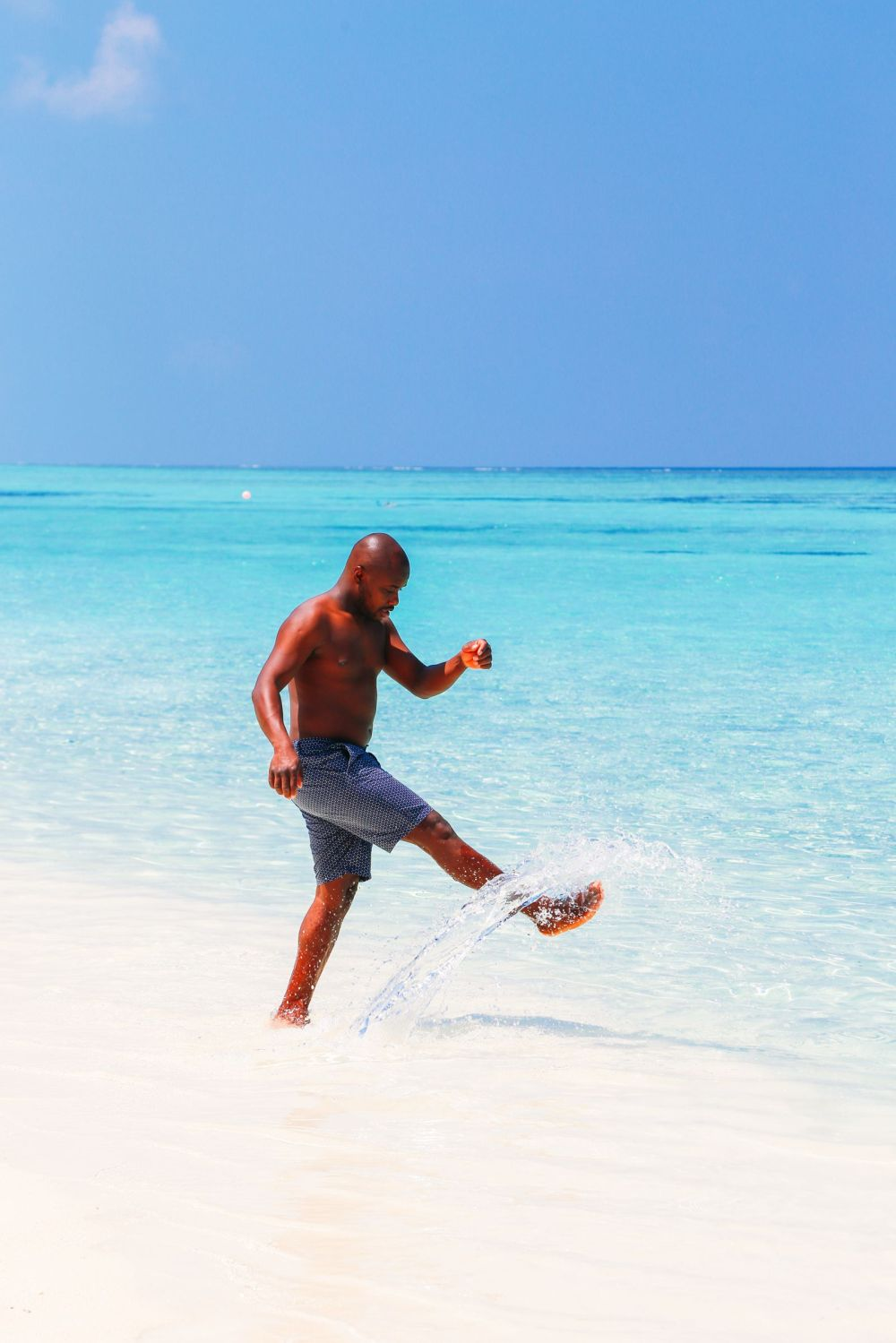 Sunshine and Island Hues... At Velassaru Maldives (40)