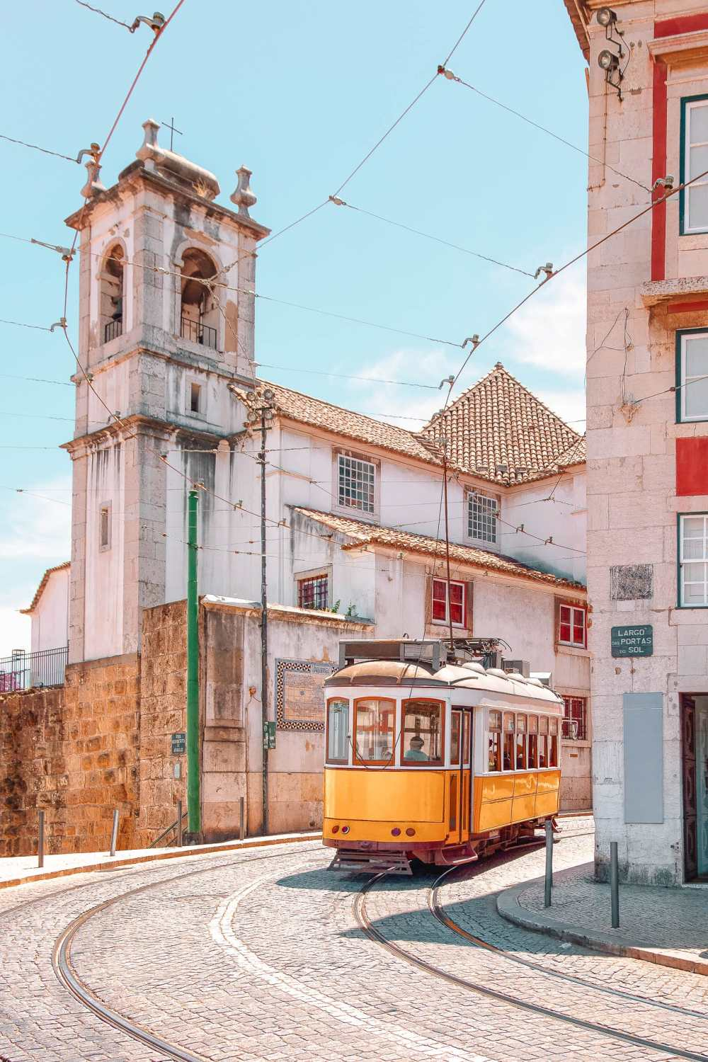 Best Things To Do In Lisbon (8)
