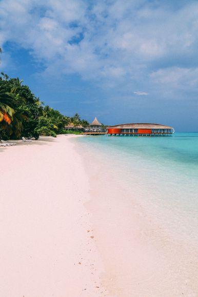 The Perfectly Lazy Day... In Kuramathi Island Maldives (2)