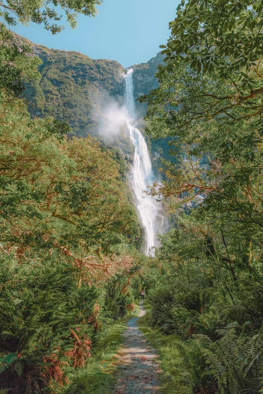 Amazing Waterfalls In The World (11)
