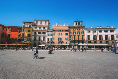 Arriving Into Fair Verona – The Italian Home Of Romeo And Juliet (19)