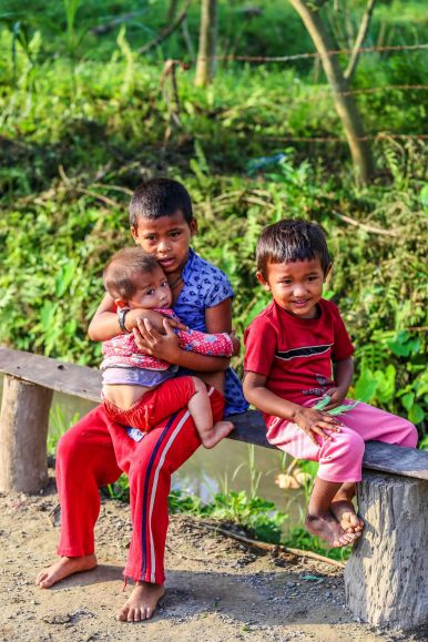 Photos And Postcards From Nepal... Chitwan, Kathmandu, Bhaktapur, Panauti, Pokhara, Tansen, Palpa, Lumbini (16)
