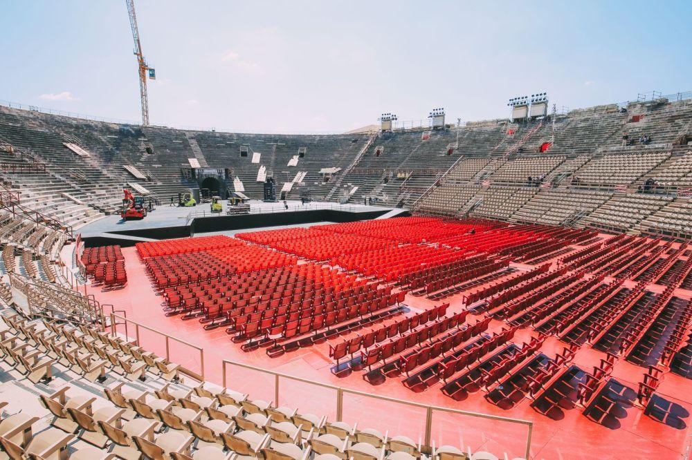 Piazza Bra And Arena di Verona... Italy (2)