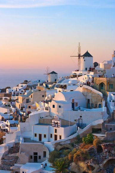 12 Stunning Things To See And Do In Santorini, Greece This Year (1)