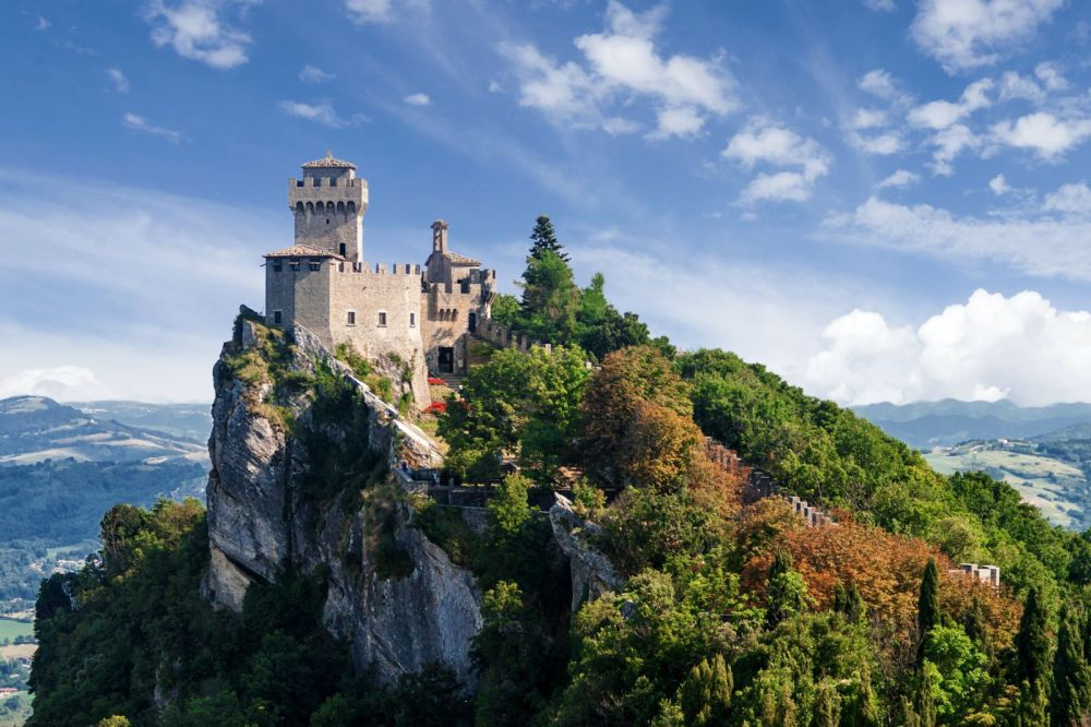14 Gorgeous Castles You Must See In Europe (10)