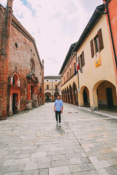 The Most Amazing Noble Villa And An Afternoon In Pizzighettone… In Lombardy, Italy (37)