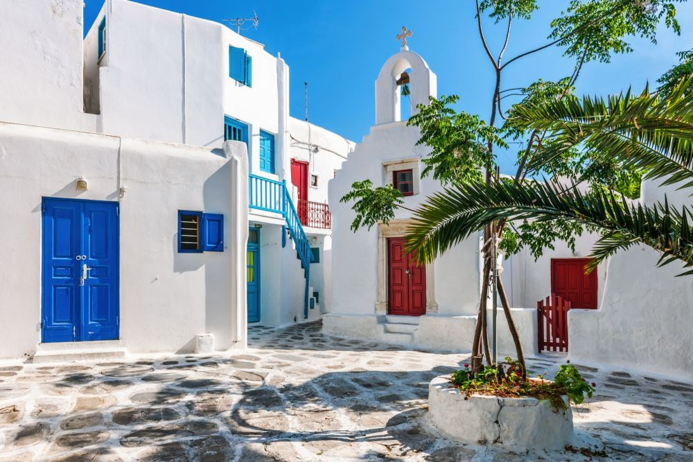 The Complete Guide On Things To See, Do And Eat In Mykonos, Greece (6)