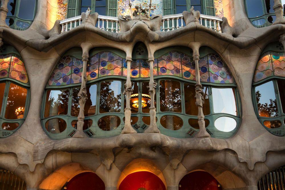Detalle ventanas de Casa Milá