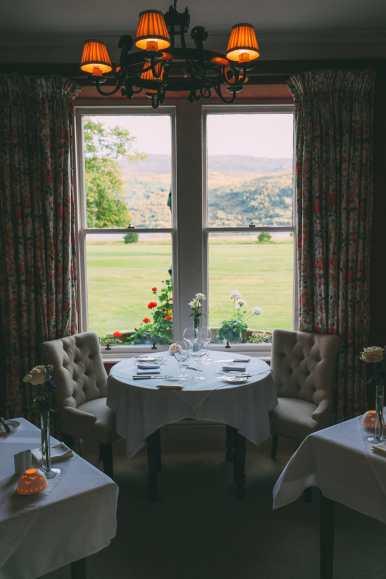 Whisky Drinking, Loch Rowing And Picnicking In The Scottish Highlands (31)