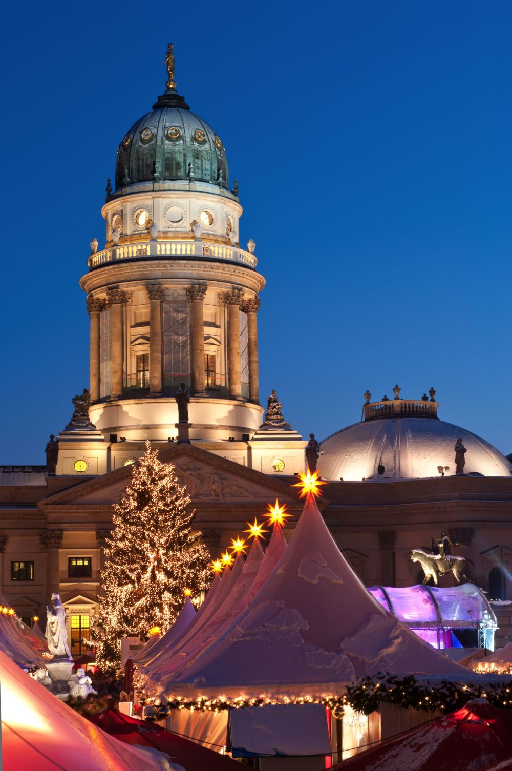 12 Picturesque Christmas Markets You Have To Visit In Europe This Year (4)
