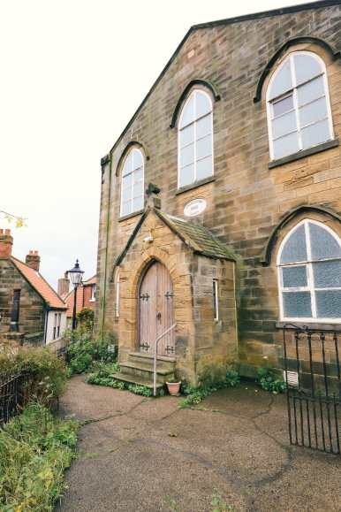 Exploring Ancient England - Robin Hood's Bay And Whitby Abbey (4)