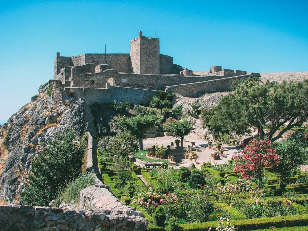 19 Beautiful Castles In Portugal You Have To Visit (8)