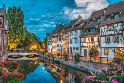 17 Colourful Towns And Cities To Visit In Europe! (24)
