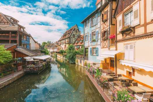 17 Colourful Towns And Cities To Visit In Europe! (23)