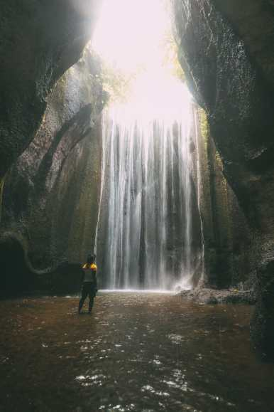 Finding A Secret Waterfall in Bali, Tirta Empul Temple And Mount Batur Volcano (43)