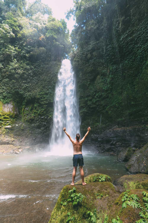 Bali Travel - The Beautiful Nungnung Waterfall And Ulun Danu Bratan Temple (10)