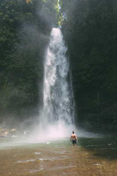 Bali Travel - The Beautiful Nungnung Waterfall And Ulun Danu Bratan Temple (11)
