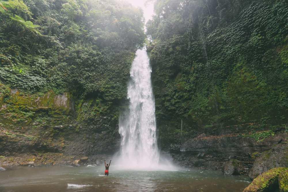 Bali Travel - The Beautiful Nungnung Waterfall And Ulun Danu Bratan Temple (14)