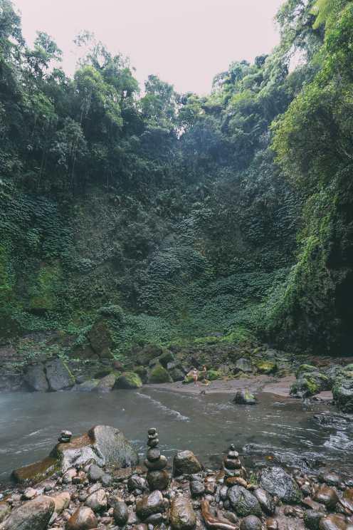Bali Travel - The Beautiful Nungnung Waterfall And Ulun Danu Bratan Temple (18)
