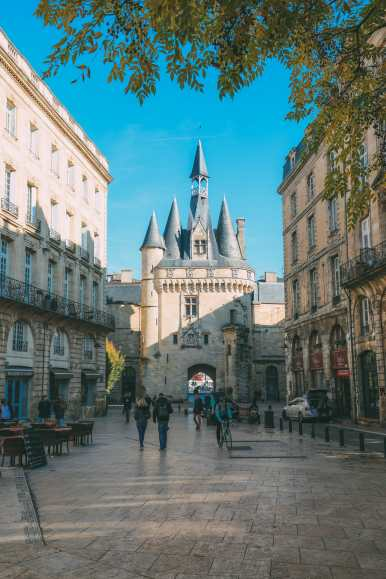 The Beautiful City of Bordeaux, France (22)
