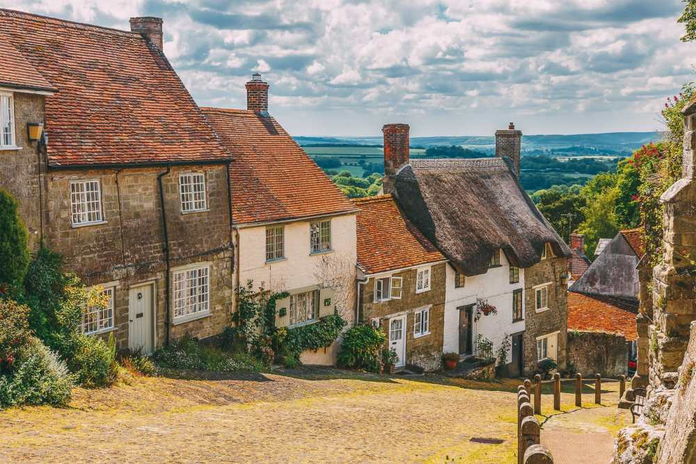 Beautiful Towns To Visit In The UK (6)