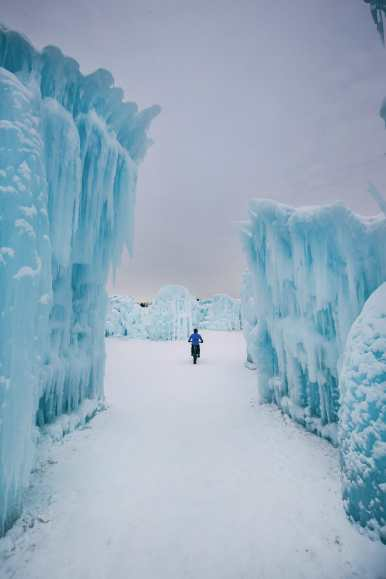 Ice Castle In Alberta, Canada (5)