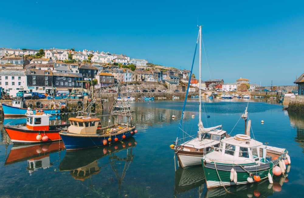 Beautiful Towns To Visit In The UK (10)