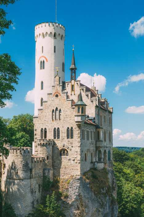 19 Fairytale Castles In Germany You Have To Visit (13)
