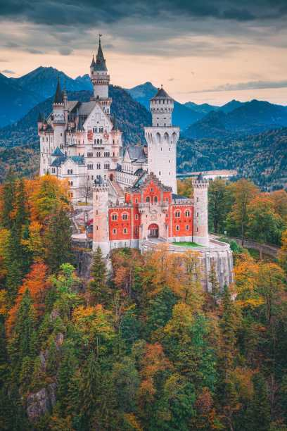 19 Fairytale Castles In Germany You Have To Visit Hand