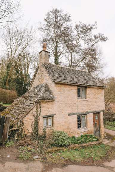 4 Villages And Towns You Have To Visit In The Cotswolds, England (10)