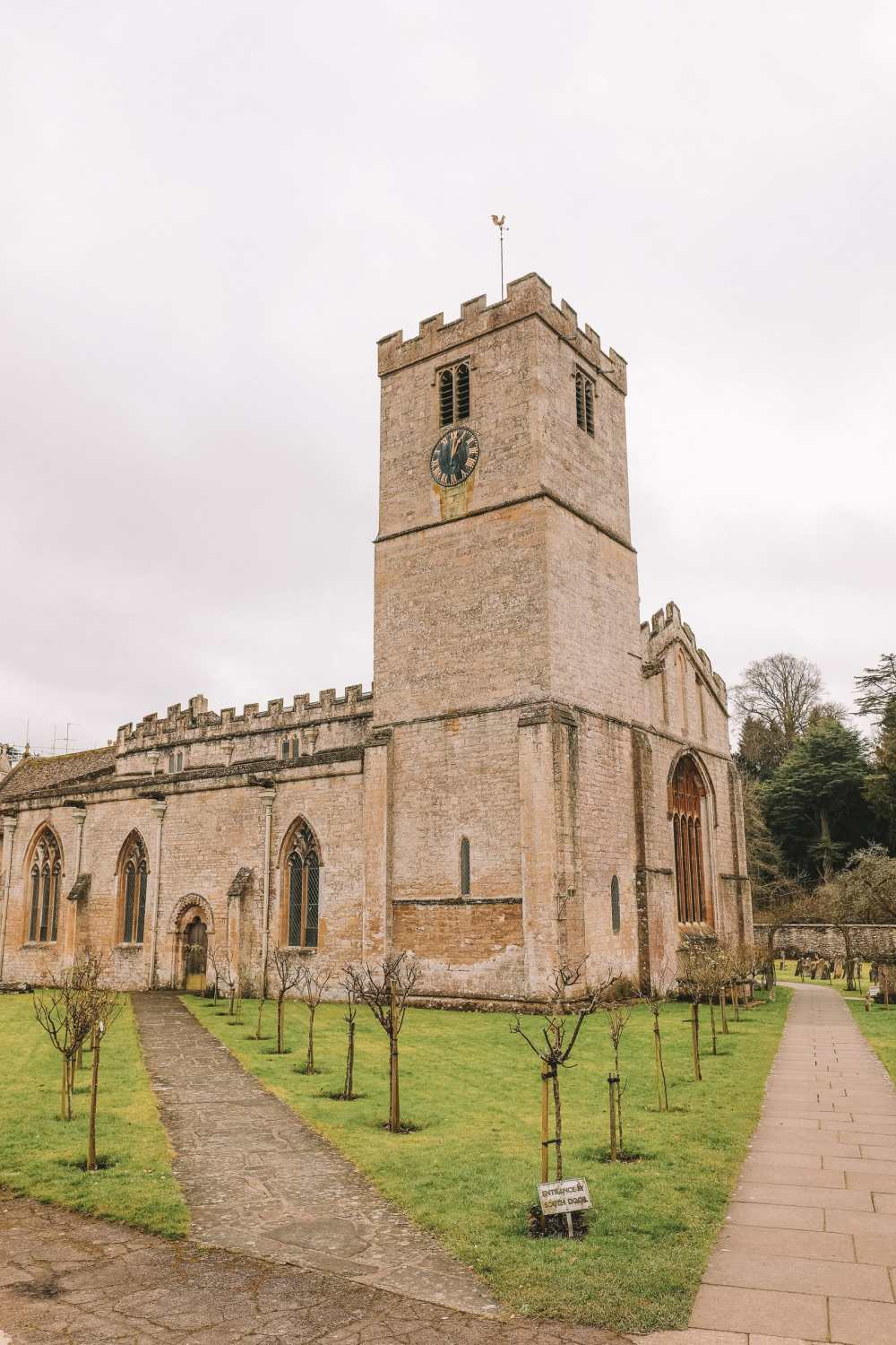 4 Villages And Towns You Have To Visit In The Cotswolds, England (15)