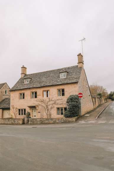 4 Villages And Towns You Have To Visit In The Cotswolds, England (16)