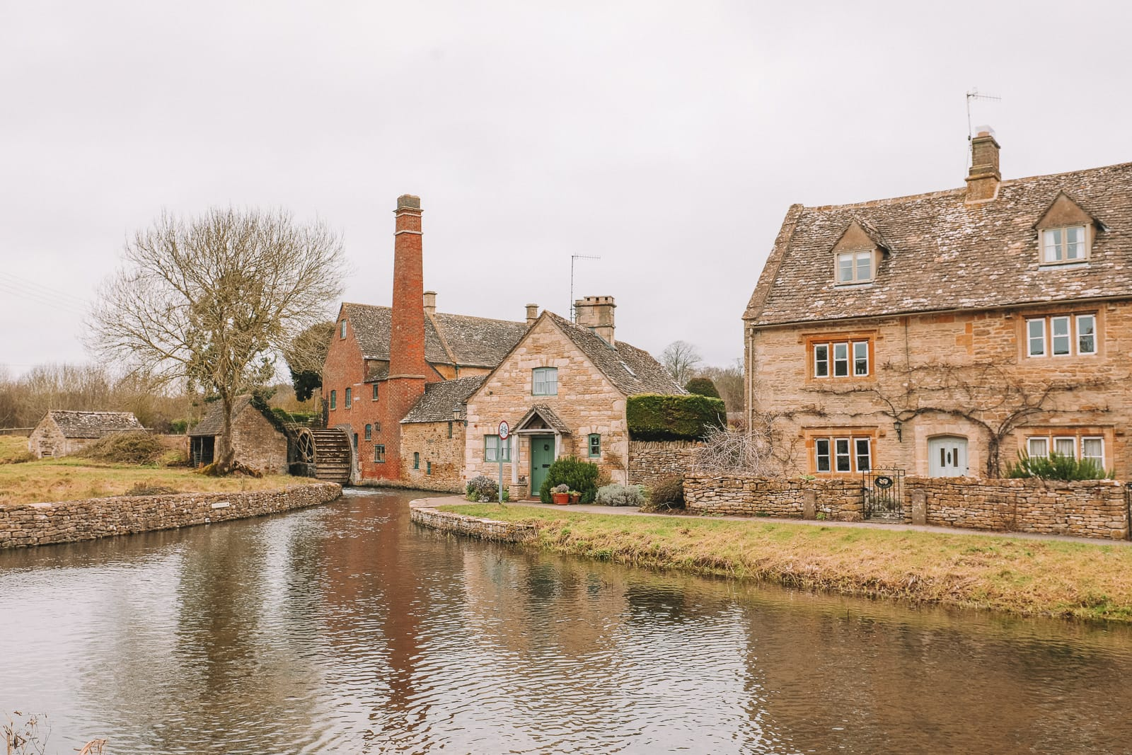 4 Villages And Towns You Have To Visit In The Cotswolds, England (35)