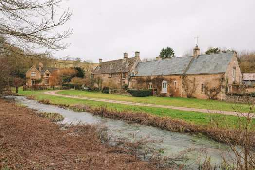 4 Villages And Towns You Have To Visit In The Cotswolds, England (49)