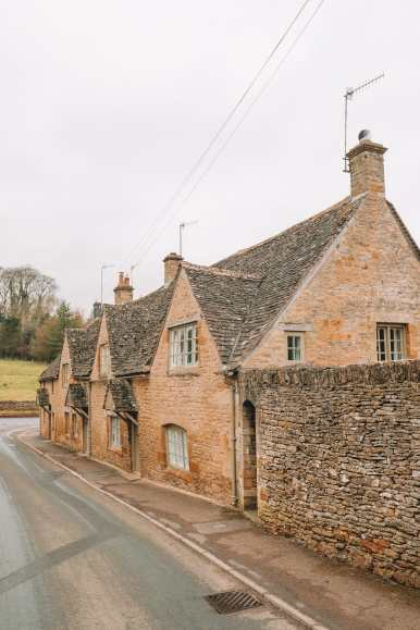 4 Villages And Towns You Have To Visit In The Cotswolds, England (58)